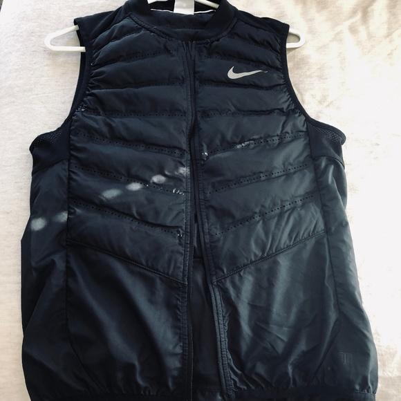 08ebe8daee8f Nike Aeroloft Flash 800 Running Vest Size S. Nike.  M 5c461688c2e9fefff888a625. M 5c46168834a4efb4e7a8bd89.  M 5c4616893e0caaadcba4f258